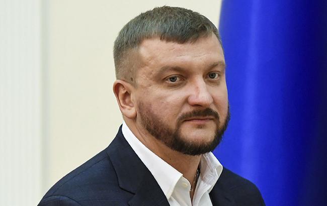 Павло Петренко проконсультував мешканців України щодо отримання аліментів