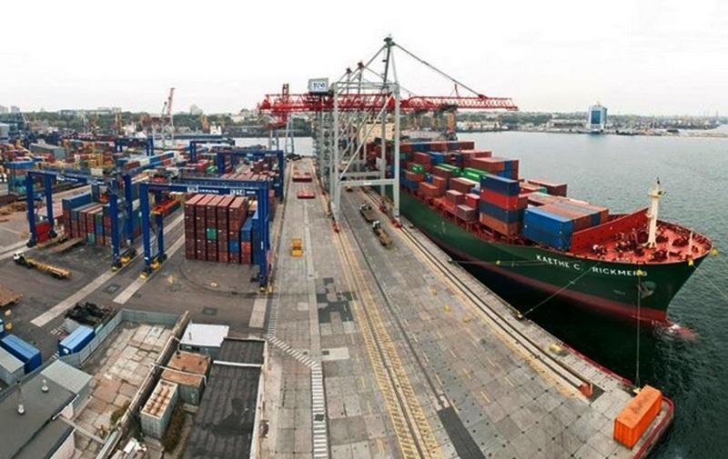 «Укрзалізниця» будуватиме колію в порти