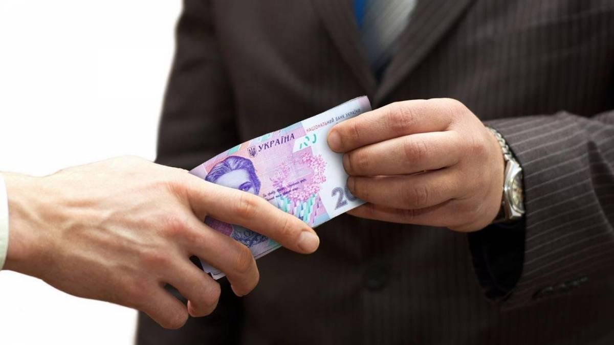 На Дніпропетровщині керівника відділу ОТГ затримали на хабарі у $32 тис. за виділення землі